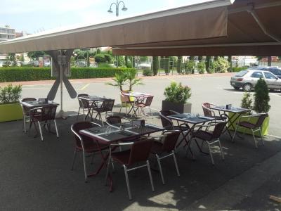 Restaurant Avec Terrasse Près De Montbrison 42